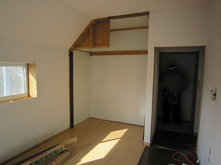 2F洋室施工中2