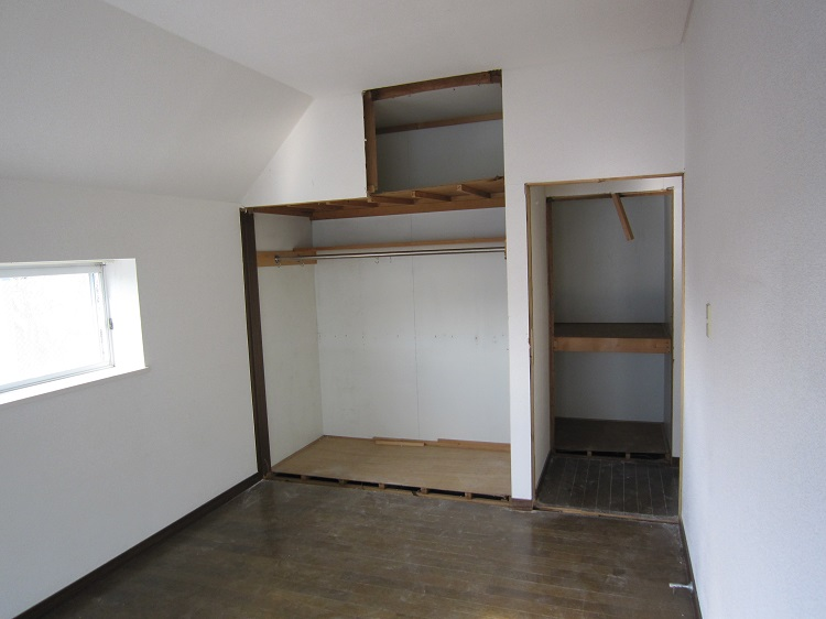 2F洋室施工前2